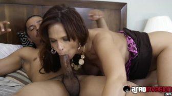 Seksi hatunun Full HD porno videosu